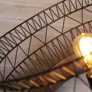 lampe en bois Parabelle filabois